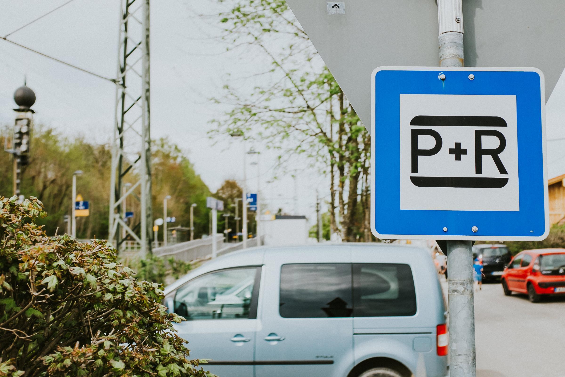 parken hauptbahnhof münchen