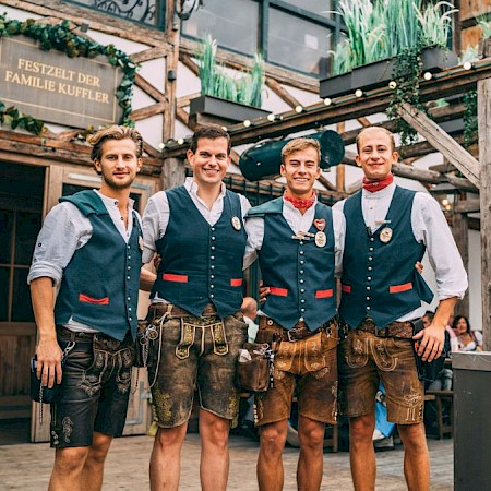 The Wiesn servers also wear traditional costumes, of course